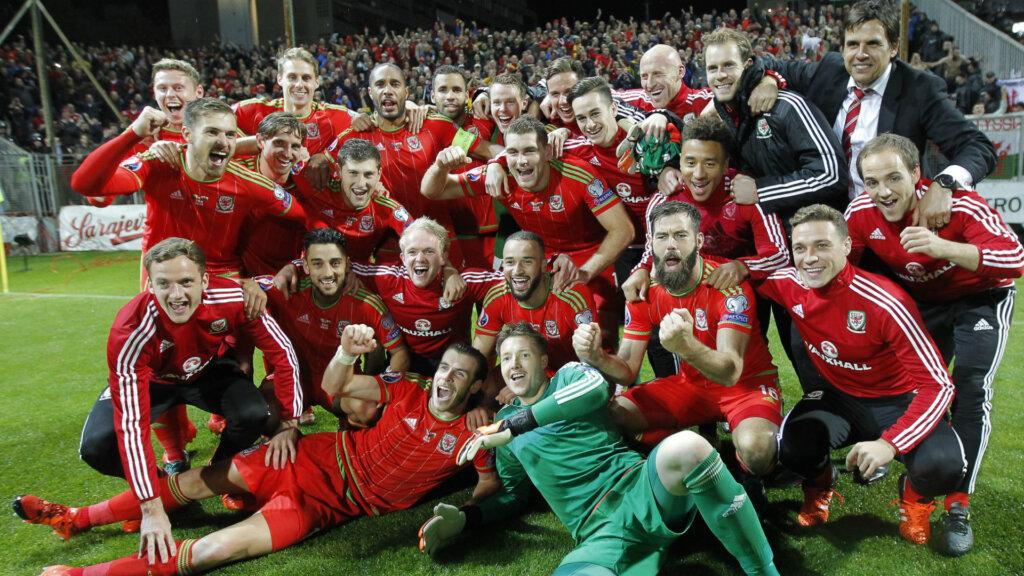 Сборная Уэльса по футболу: фото