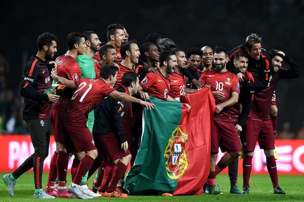 Сб португалии по футболу [PUNIQRANDLINE-(au-dating-names.txt) 52
