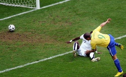 Роналдо: рекордный гол