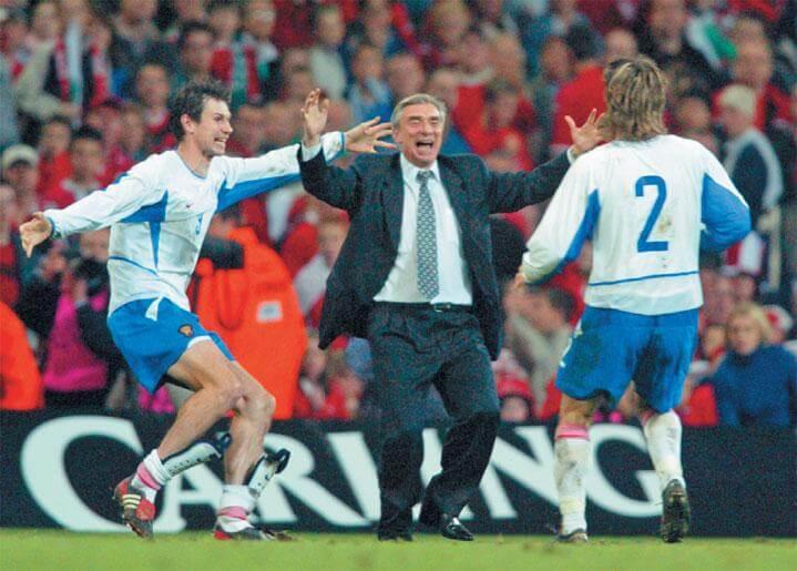 Выход сборной России на Евро-2004