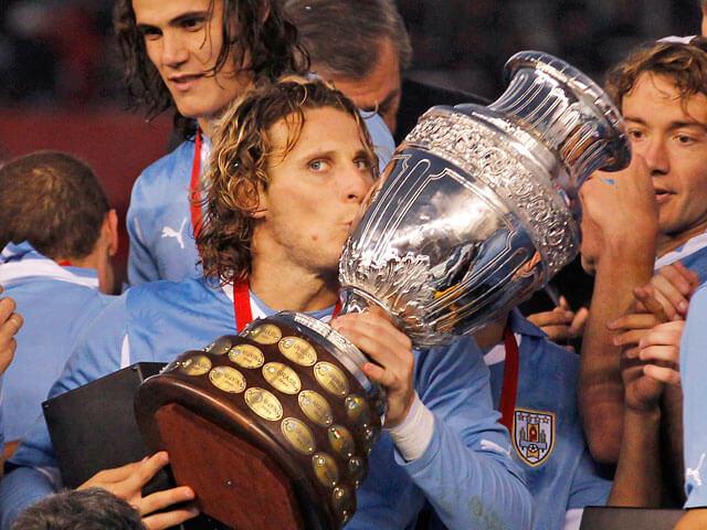 Диего Форлан - чемпион Южной Америки