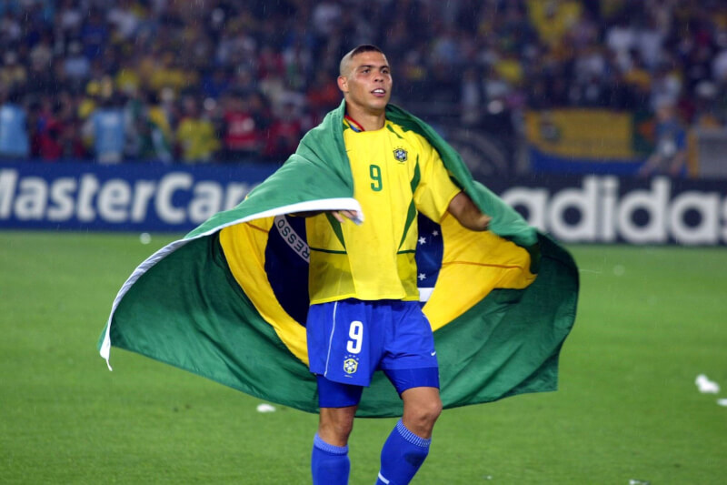 china brazils forward ronaldo - HD1600×900