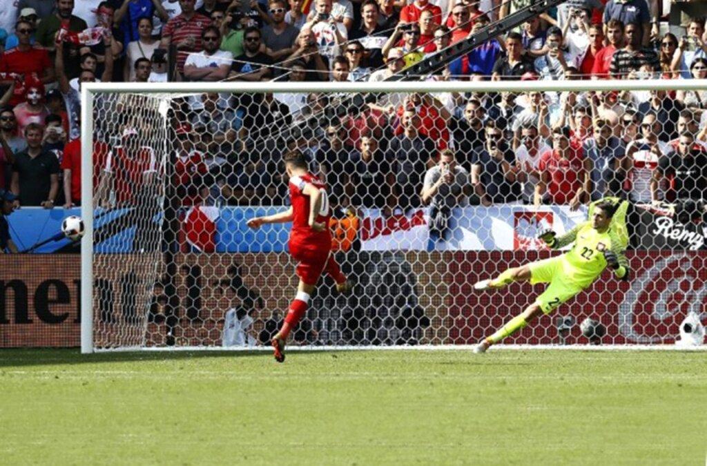 Евро-2016: серия пенальти Польша - Швейцария