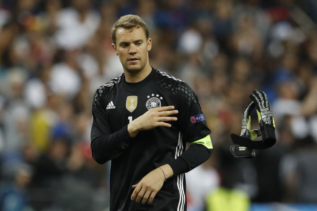 Мануэль Нойер - капитан сборной Германии