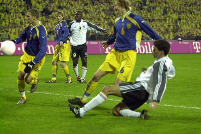 Украины - Германия: стыковой матч ЧМ-2002