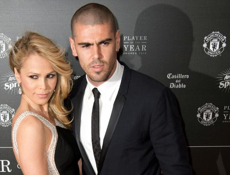 Виктор Вальдес с женой