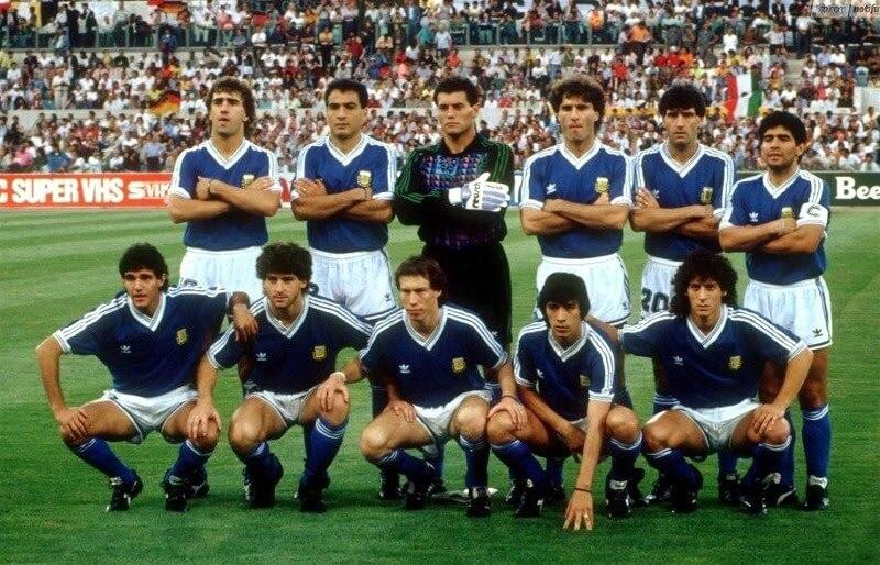 Сборная Аргентины на чемпионате мира 1990 года