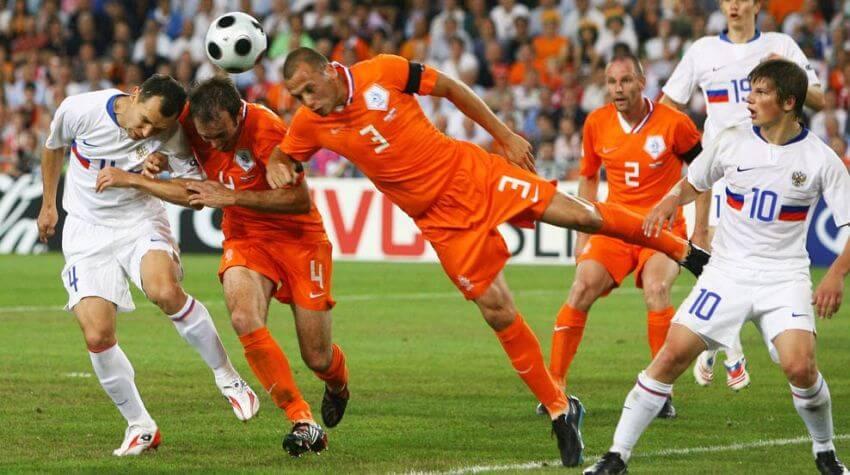 Футбольные противостояния: Голландия - Россия