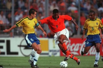 Бразилия - Голландия: полуфинал ЧМ-1998