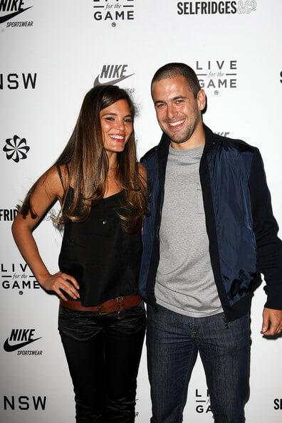 Джо Коул с женой Карли