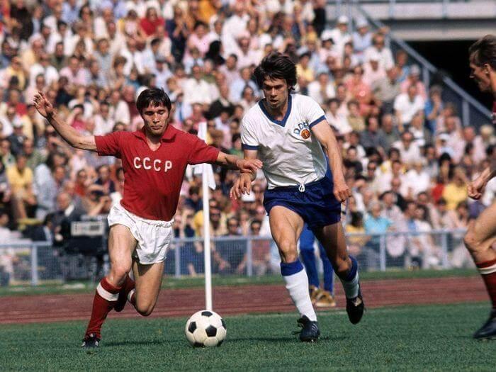 Футболист сборной СССР Евгений Ловчев