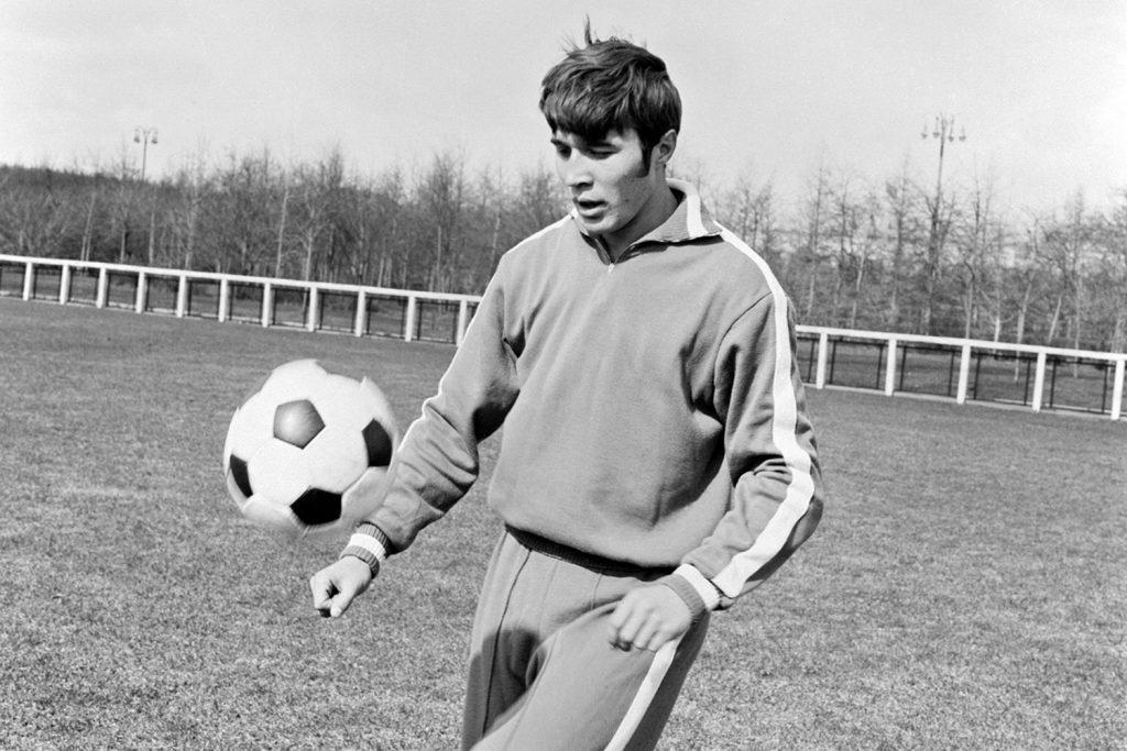 Молодой Евгений Ловчев