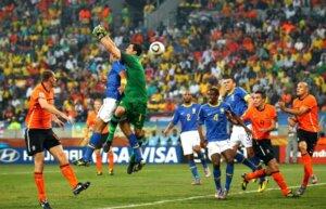 ЧМ-2010: Голландия - Бразилия 2:1