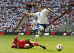 Футболист сборной Англии Лейтон Бейнс