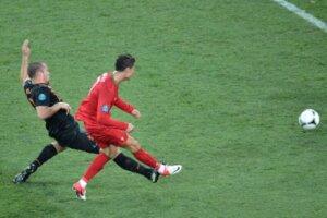 Криштиану Роналду: первый гол