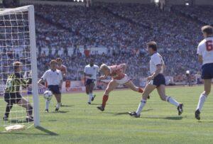 Алексей Михайличенко: гол Англии