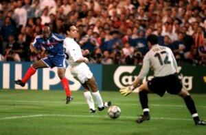 Евро-2000: Франция - Италия