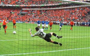 Евро-2000: Нидерланды - Италия