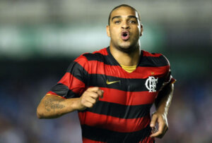 Футболист Адриано