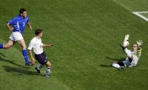 Майкл Оуэн: гол Бразилии