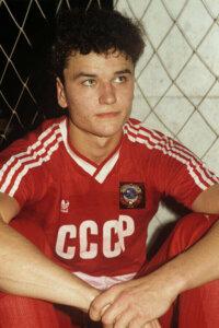 Молодой Юрий Никифоров