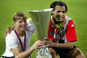 Обладатель Кубка УЕФА Йон-Даль Томассон