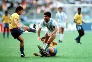 Фол против Марадоны
