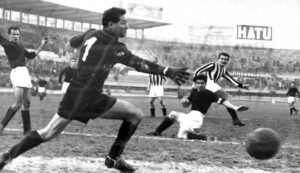 Джампьеро Бониперти: гол