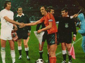 Евро-1976: Чехословакия - Голландия