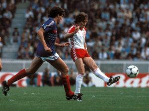 Евро-1984: Франция - Дания