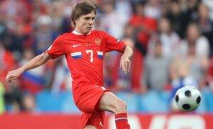 Футболист сборной России Дмитрий Торбинский